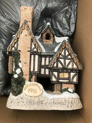 David Winter Cottages Christmas 1992 Scrooge's School Vintage in Box CoA