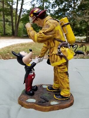 Disney A Tribute To Firefighters Mickey Mouse & Fireman Statue w/ Box Rare Boyer