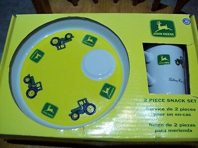 John Deere 2 Piece Snack Set Tractor Luncheon Plate & Mug,GIBSON-New/Old stock
