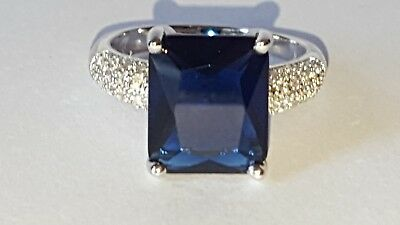 925 Sterling Silver 5 CT Blue Sapphire & White Topaz Ring. Size O. 4.6 G.