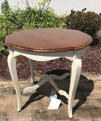 Ethan Allen Country French Round End Table #26-8204 Nice!
