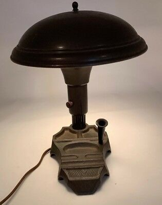 VINTAGE GOOD LIGHT LAMP CO PHILA PA ELECTRIC LAMP CAST IRON Deco Industrial Desk