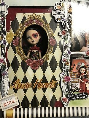 Ever After High LIZZIE HEARTS Spring Unsprung