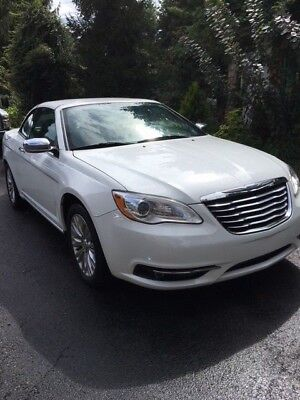 2011 Chrysler 200 Series Limited 2011 Chrysler 200 Convertible Limited
