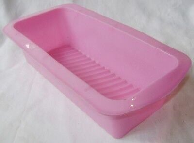 New Ridged Ripple Silicone Large Loaf Cake Baking Tin Mould Non Stick Pink.