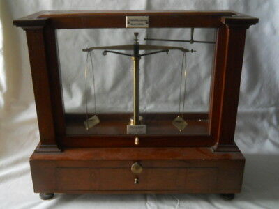19th C. Becker's Sons Rotterdam Apothecary Scale