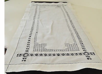 Very Fine Vintage Linen Runner With Drawnwork And Hemstitching Pp242