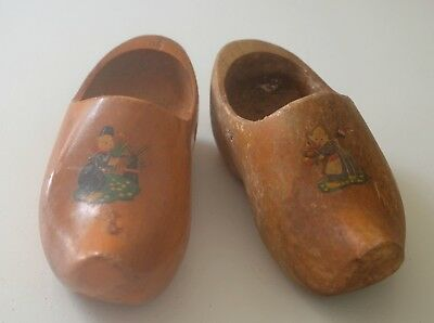 Charming Pair Of Vintage Dutch Children's Wooden Clogs Tt122