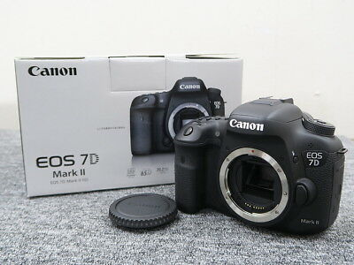 Canon EOS 7D Mark II 20.2MP Digital SLR Camera Used Black (Body Only) JAPAN