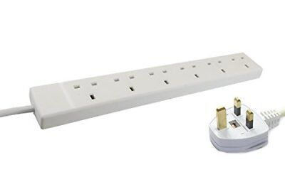 Wickes Master 6 Way Extension Lead in White Finish  13A Fuse, 6 Gang, 2 Metre UK