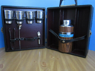 Vintage Portable Pub Londonaire Travel Bar Cocktail Set w Hard Case Alum. Cups