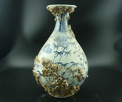 Chinese porcelain,sea fishing-blue and white porcelain.Pine,bamboo,pear bottle V