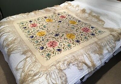 """Old Vintage Chinese Floral Embroidery 15"""" Macrame Edge Silk Scarf Piano Shawl AF"""