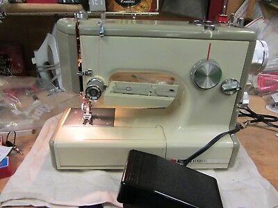 SEARS KENMORE SEWING Machine 40 Stitch Model 4017940090 With Foot Beauteous Kenmore 28 Sewing Machine