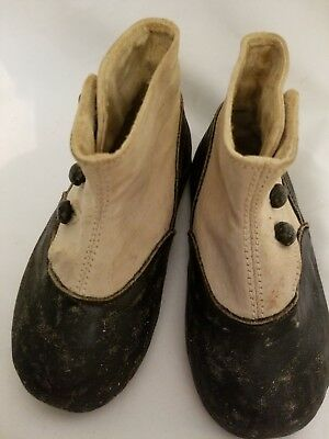 """Victorian Leather High Button Baby Shoe,  5""""L"""