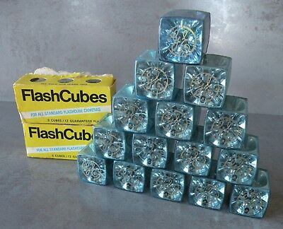 New - Vintage GENERAL ELECTRIC Standard Flash Cubes - 21 Cubes = 84 Flashes