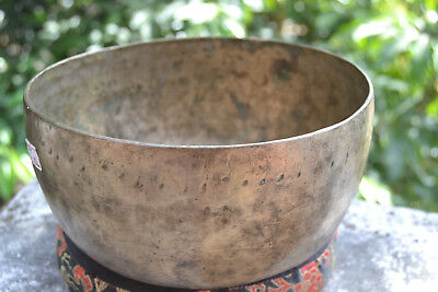 "Old Antique Tibetan Singing Bowl  7,2"" 7 metals handmade Nepal Amazing sound"