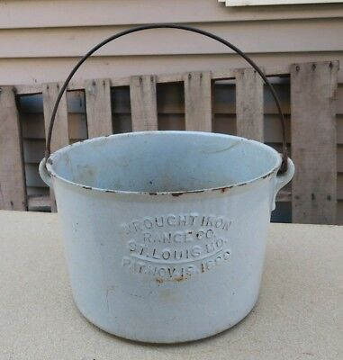 "Antique  Wrought Iron Range Co. 1880 St Louis Missouri 11-1/4"" cast iron pot"