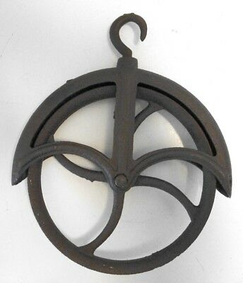 Vintage Large Iron Rustic Well Pulley Wheel machine age Steampunk Industrial