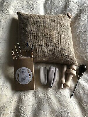 needle felting mat, hessian natural eco pad, foam alternative, 5 Free needles