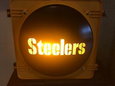 Pittsburgh Steelers Novelty Man Cave Traffic Signal Stop Light