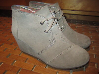 fac65ecb3aa TOMS Womens Sand Suede Chukka Desert Wedge Lace Booties Shoes Size US 6.5