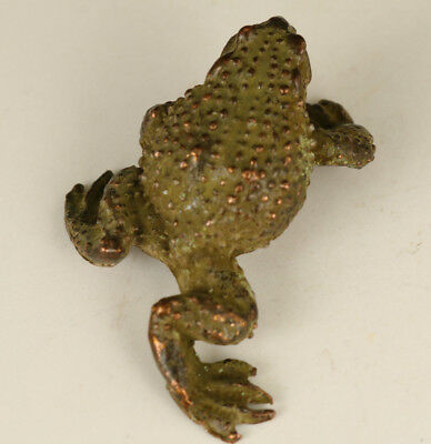 chinese old Bronze Hand carving Rare frog figure statue noble gift decoration