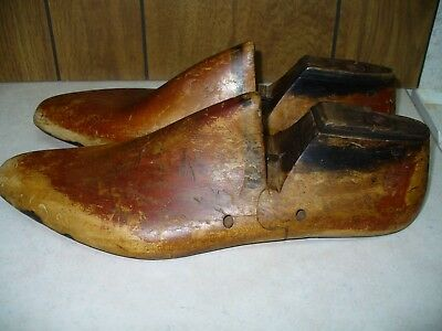 Vintage Pair of 1960's Mid Century Wood Shoe Lasts Size 13-2  USA Rutgers