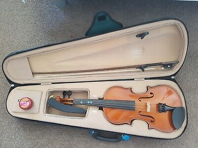 3/4 Size  student Violin with  bow, case, rosin and shoulder rest
