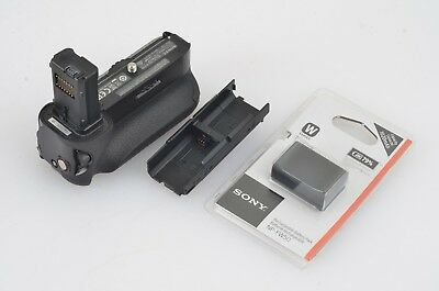 EXC+++ GENUINE SONY VERTICAL BATTERY GRIP VG-C1EM FOR A7, A7R, A7S w/BATTERY