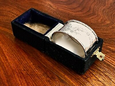 - Goldsmiths & Silversmiths Co English Sterling Silver Napkin Ring In Box, 1923