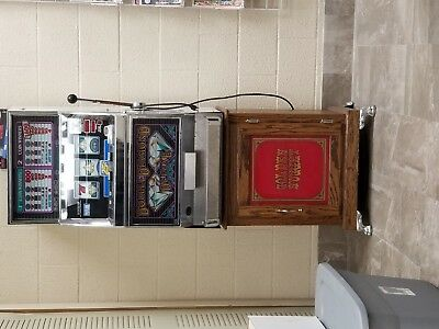 Igt Double Diamond Slot Machine With Stand
