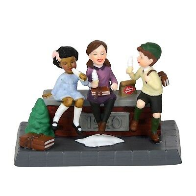City Streets Frozen Treats Dept 56 Christmas in the City Village 6000630 DQ A