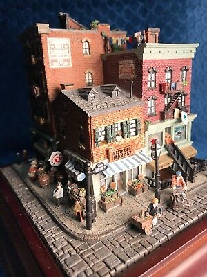 Rare Danbury Mint Hester Street Apartment Building Old New York Sculpture Pickle
