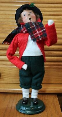 """Byers Choice Christmas Caroler Woman Plaid Scarf Vintage 1999 11"""" tall Red Green"""