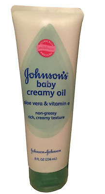 Johnson's Baby Creamy Oil Aloe Vera & Vitamin E - 8 FL Oz