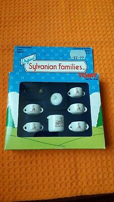 TOMY Sylvanian Families Vintage Ceramic Tableware And Utensils (Still in box)