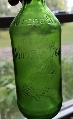 Vintage Antique Mt Mountain Dew Bottle Hillbilly 10 Oz Collectible Green Glass