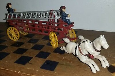 Large Antique Two Horse Drawn Cast Iron Fire Truck Ladder Wagon Vintage. I#St35