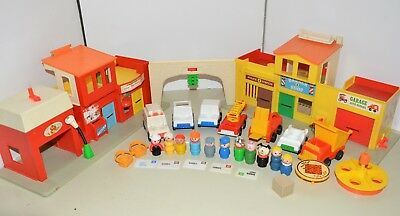 Vintage Fisher Price Little People VILLAGE + Cars + Accessories 1973 town city