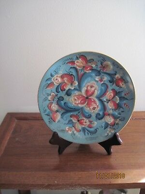 Norwegian Bergquist Collector plate With Telemark Rosemaling.