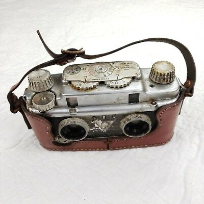 TDC STEREO Vivid Camera Rusted FOR PARTS / AS IS Display Piece