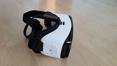 Samsung SM-R324 Gear VR with Controller - weiß wie neu Virtual reality