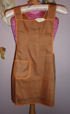 Vintage 1940s 50s Childs Apron~ Old Shop Stock~Printed Transfer To Embroider