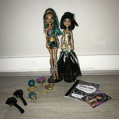 Monster High Nefera & Cleo Dolls