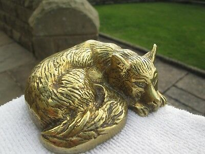 Beautiful Solid Brass Resting Fox Desk Top Paperweight Or Door Stop Heavy 1 222G