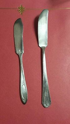 Lot Of Two Antique Butter Knives Rogers, Community