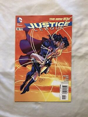 Justice League # 12 VF / NM ( Superman Kisses Wonder Woman )