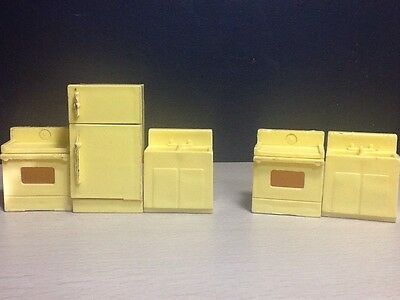 Fisher Price kitchen Fridge Stove Sink 909 or 729 lot 5 Pieces yellow appliances
