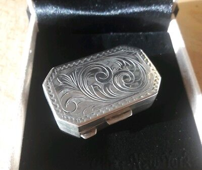Stunning Solid Silver Engraved Pill / Snuff Box marked 800 & makers mark